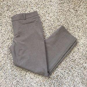 GAP Slim Cropped Pant size 4!